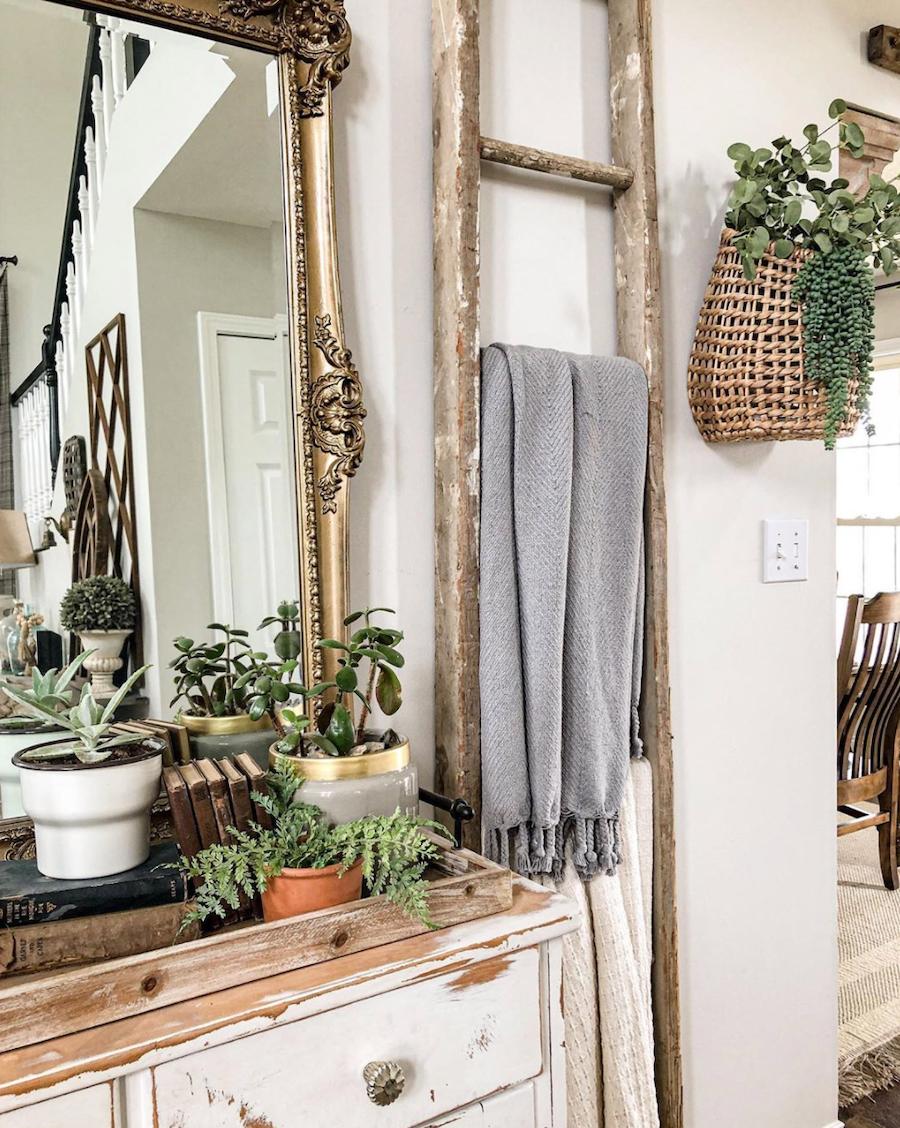 farmhouse decor blanket ladder with plants