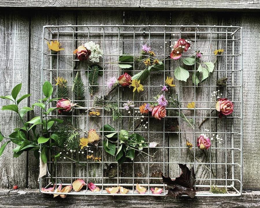 diy flower art wall