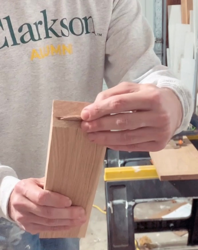 biscuit cut to join wood together