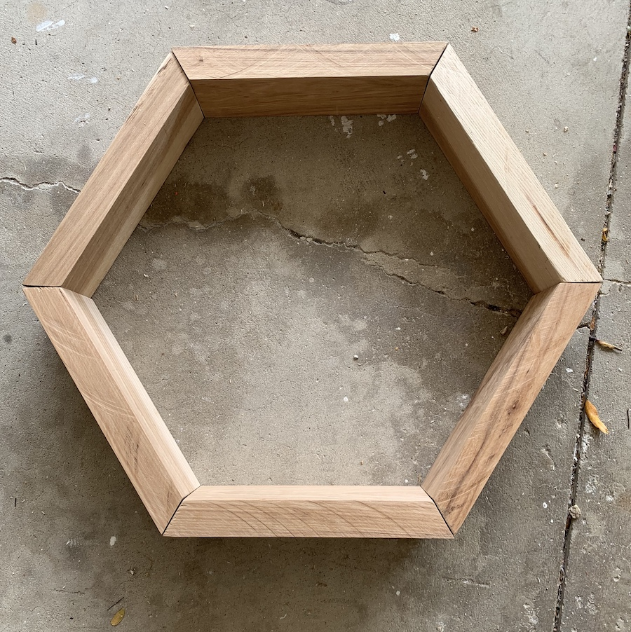 unfinished honeycomb shelf features