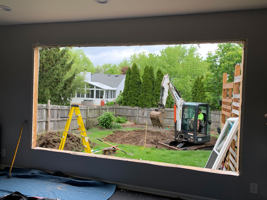 opening in house for view to the backyard