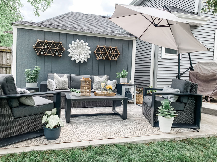 revealing the backyard makeover for the one room challenge